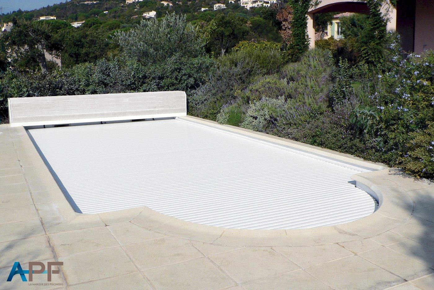 volet roulant piscine drome