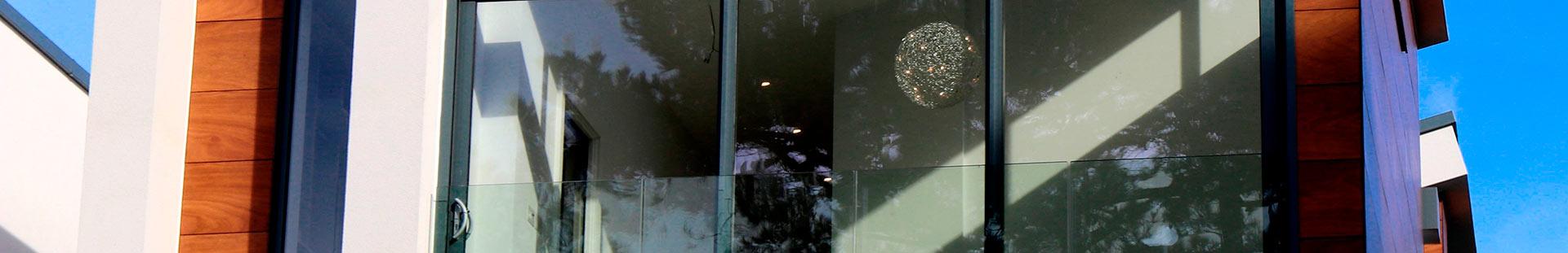 Stores extérieurs de fenêtre